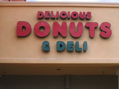 Breakfast_Delicious-Donuts-And-Deli-002